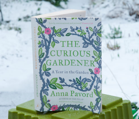 The Curious Gardener by Anna Pavord-2