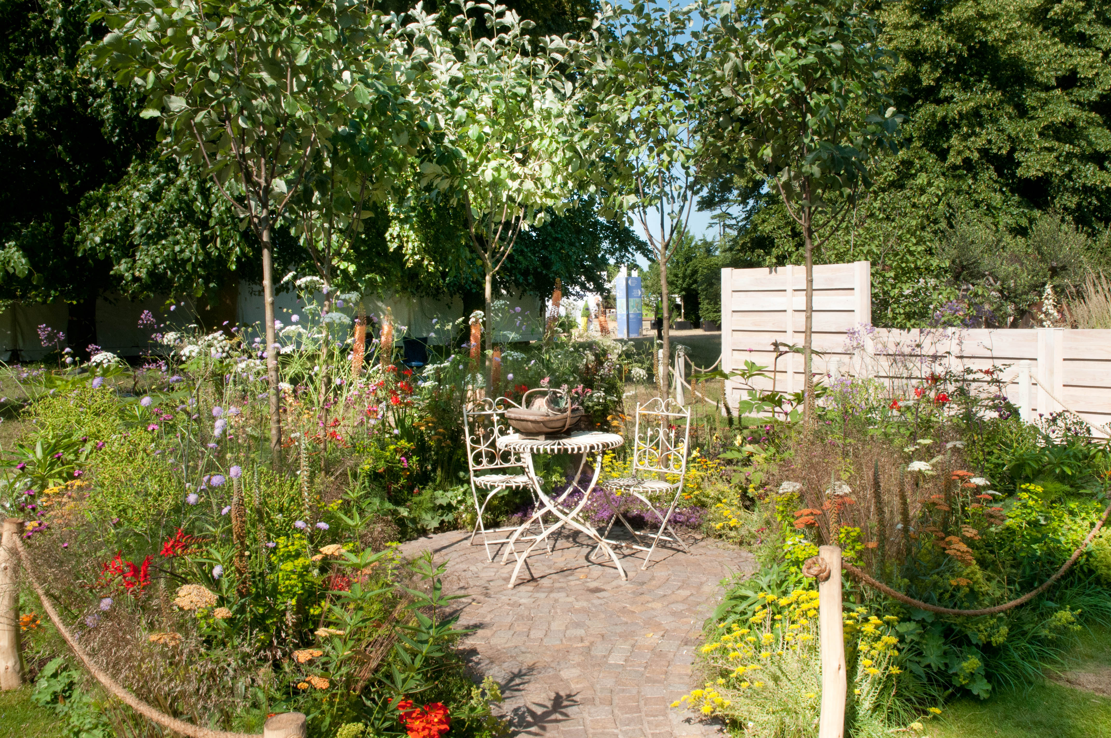 Hampton court flower show part 1 out of my shed for Garden design ideas scotland