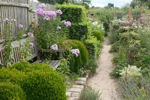 JP Flower Garden edges