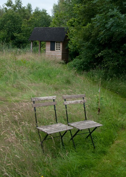 two-chairs-in-the-arboretum-at-bryans-ground